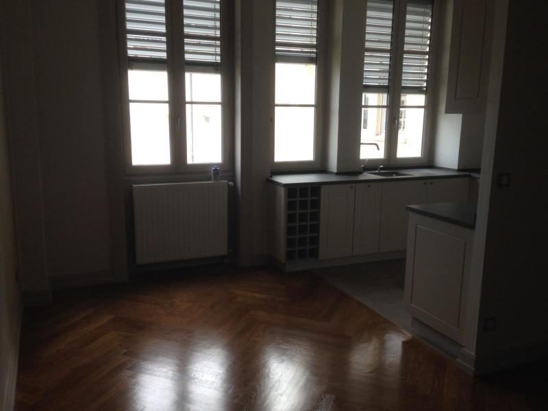 Location appartement Lyon 3ème 2228€ CC - Photo 5