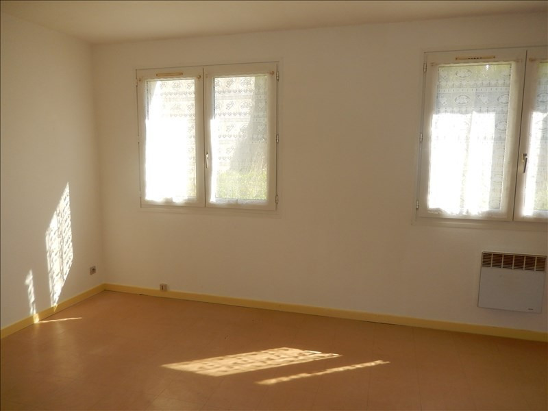 Location appartement Langeac 245,79€ CC - Photo 2