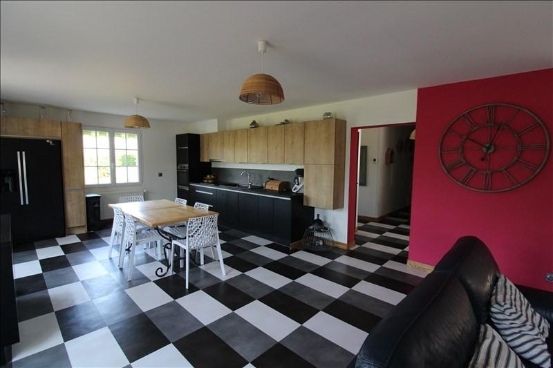 Sale house / villa Morancez 349500€ - Picture 2