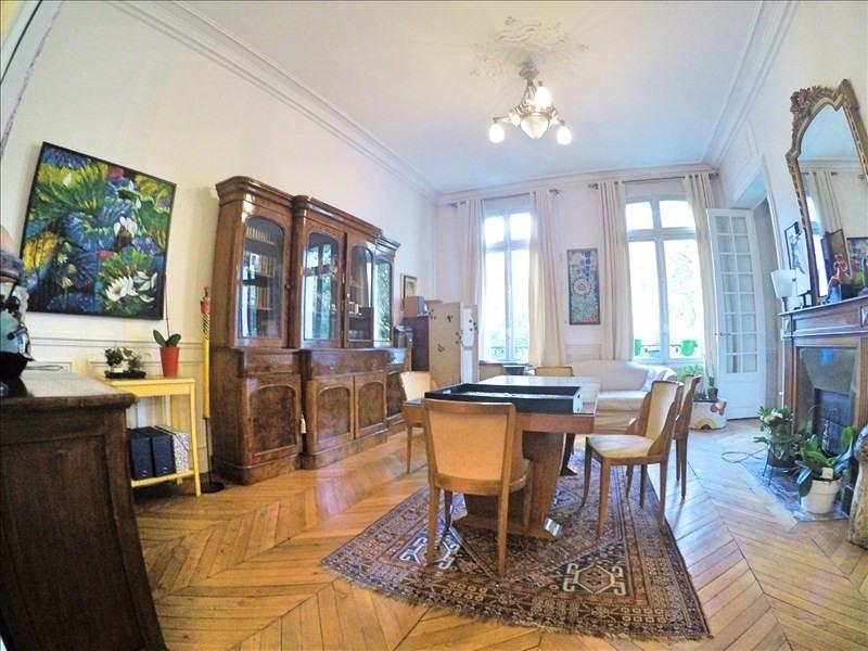 Vente de prestige appartement Paris 11ème 1450000€ - Photo 2