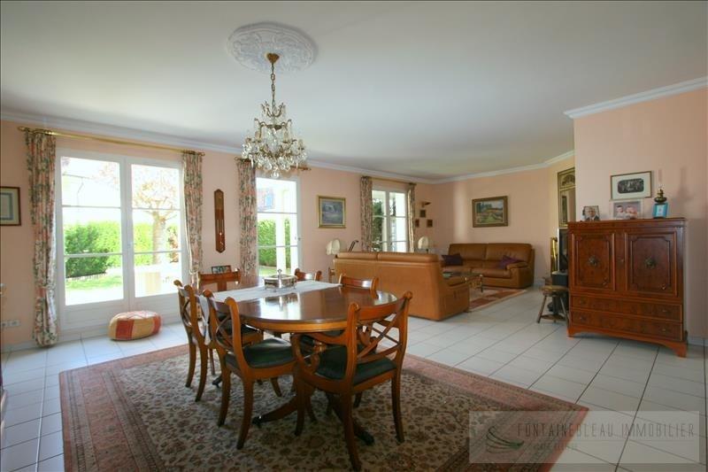 Sale house / villa Fontainebleau 670000€ - Picture 1