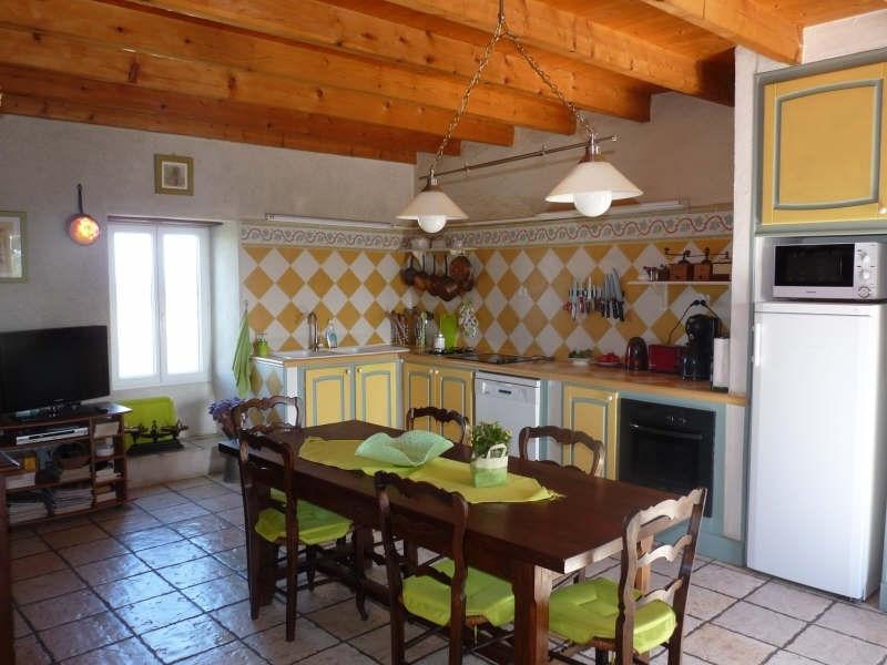 Sale house / villa Roquefort 386400€ - Picture 5