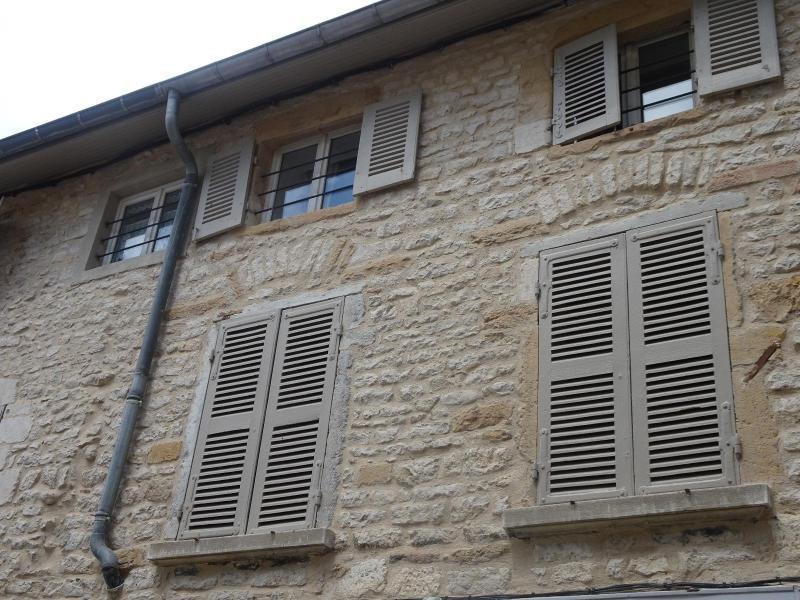 Location appartement Chazay-d'azergues 428,50€ CC - Photo 1