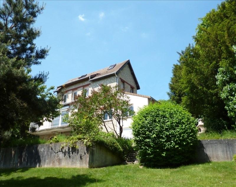 Sale house / villa Feucherolles 750000€ - Picture 1