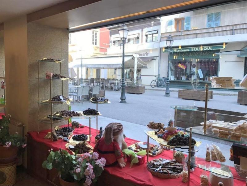 Boutique 60m² Saint-Martin-Vésubie  Boutique 60m² Saint-Martin-Vésubie  Boutique 60m² Saint-Martin-Vésubie