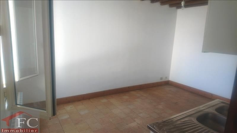 Rental house / villa Chateau renault 290€ CC - Picture 2