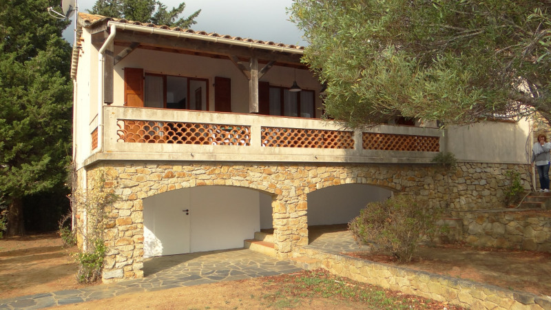 Vacation rental house / villa Cavalaire sur mer 800€ - Picture 3