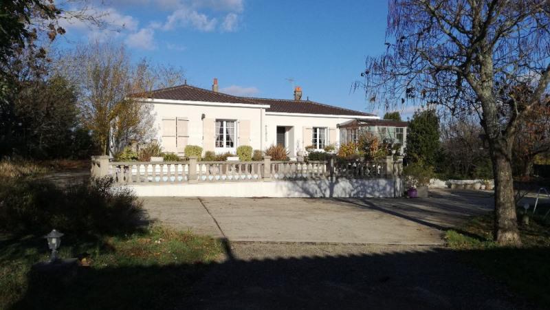 Vente maison / villa Lagord 448750€ - Photo 2