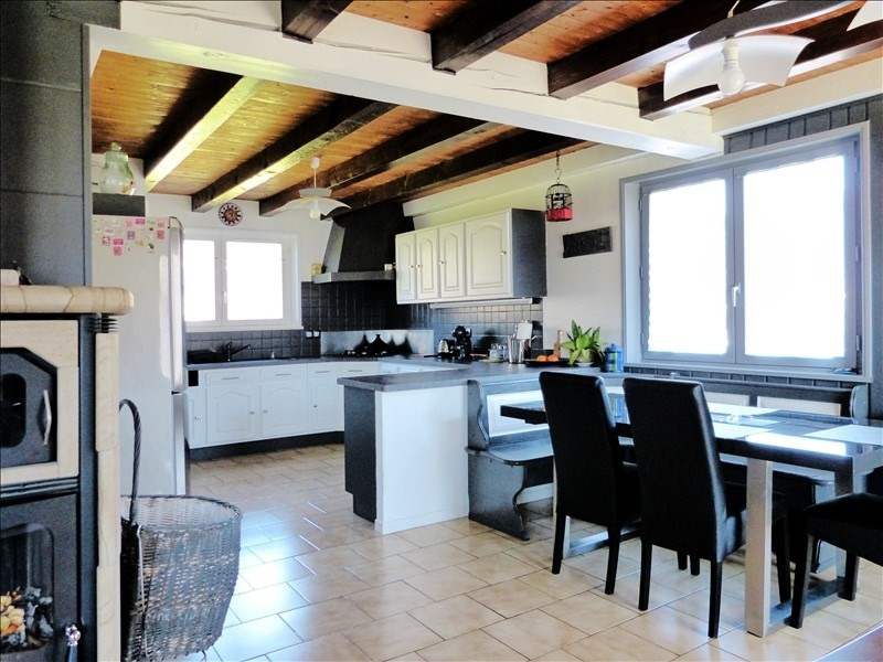 Sale house / villa Thyez 383000€ - Picture 3