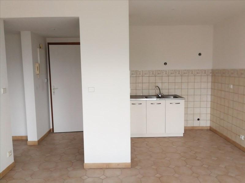 Rental apartment La roche sur foron 625€ CC - Picture 3