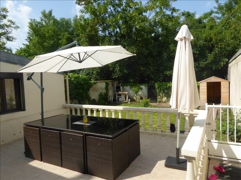 Sale house / villa St quentin 242500€ - Picture 2