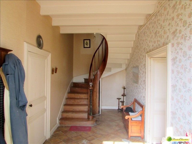 Sale house / villa Beauvais sur matha 220000€ - Picture 2