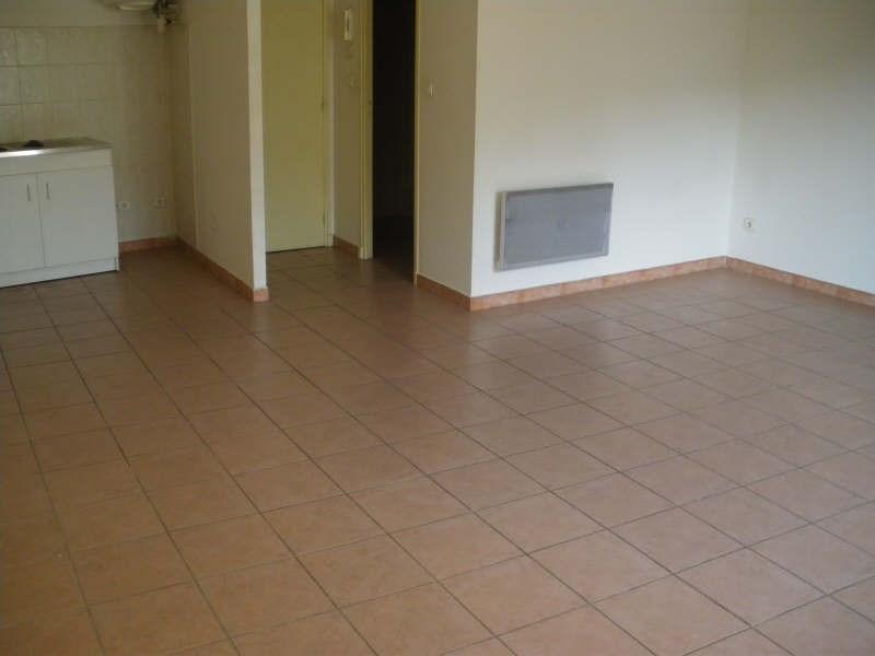 Verhuren  appartement Salon de provence 405€ CC - Foto 1
