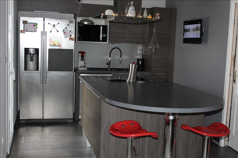 Sale house / villa Pont de vaux 250000€ - Picture 5