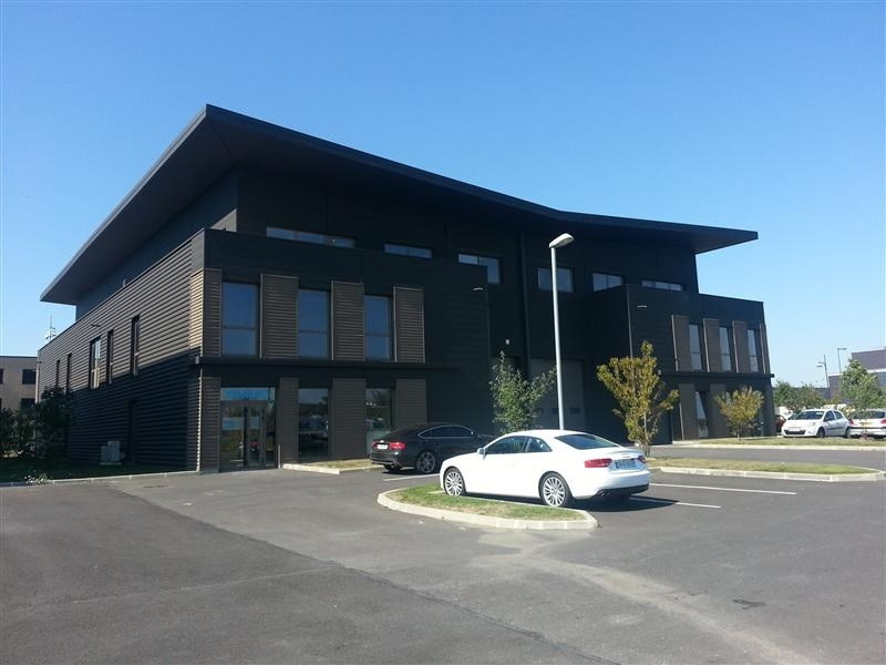 Location Local d'activités / Entrepôt Ferrières-en-Brie 0