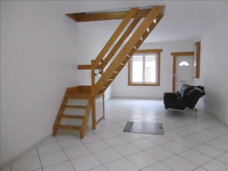 Rental house / villa St quentin 580€ CC - Picture 3