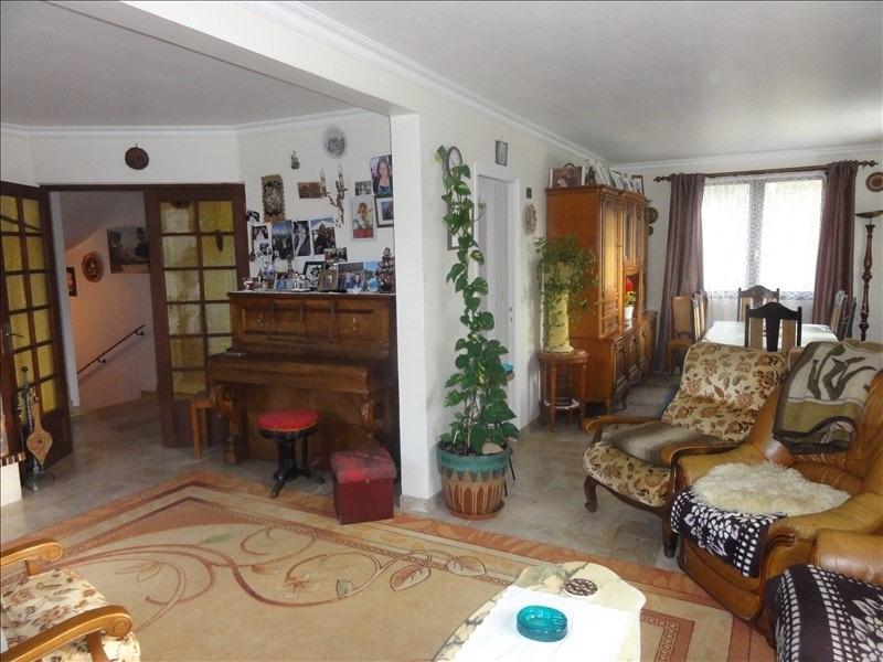 Sale house / villa Mere 440000€ - Picture 3