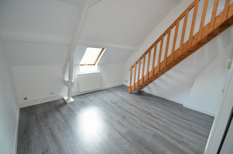 Location appartement St lo 409€ CC - Photo 1