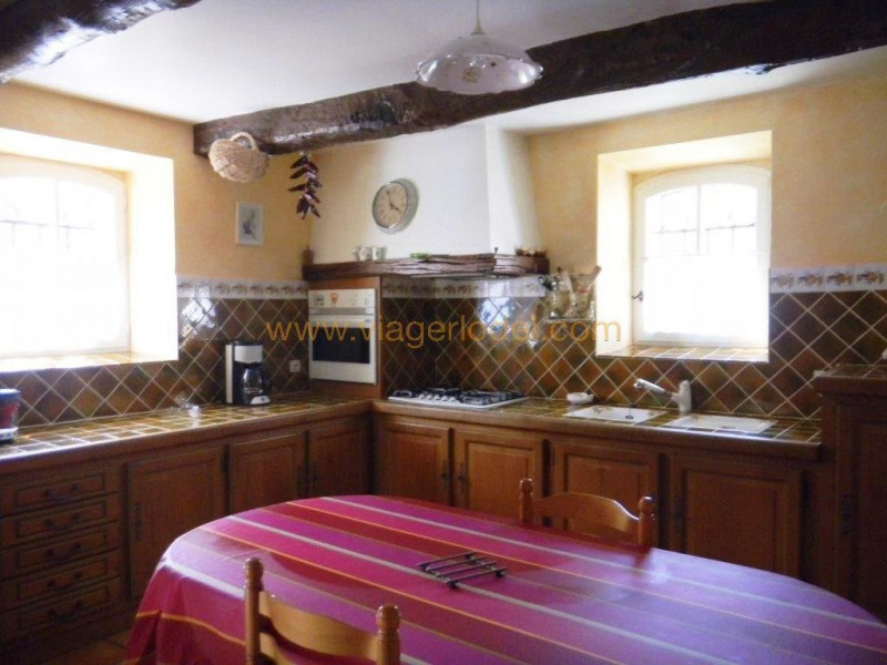 Life annuity house / villa Riez 300000€ - Picture 8