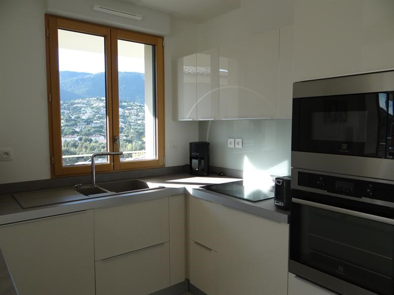 Location vacances appartement Cavalaire 600€ - Photo 13