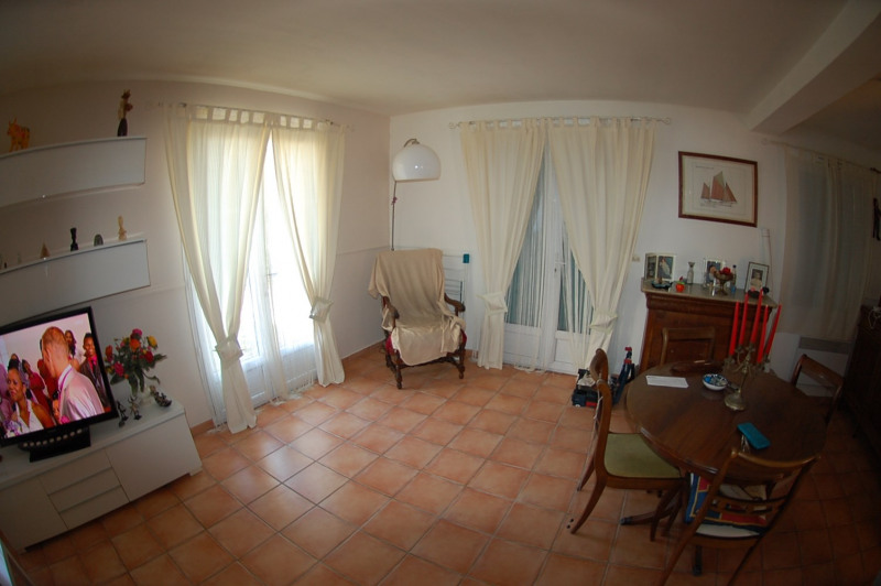 Sale house / villa Ollioules 337 000€ - Picture 4