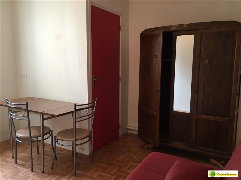 Rental apartment Angouleme 250€ CC - Picture 6