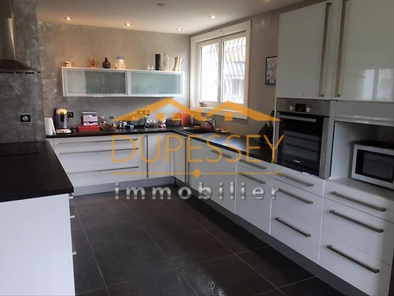 Investment property house / villa Chambery 440000€ - Picture 3