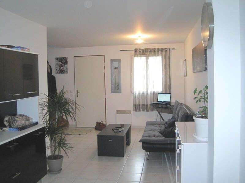 Location maison / villa Le thor 750€ CC - Photo 3