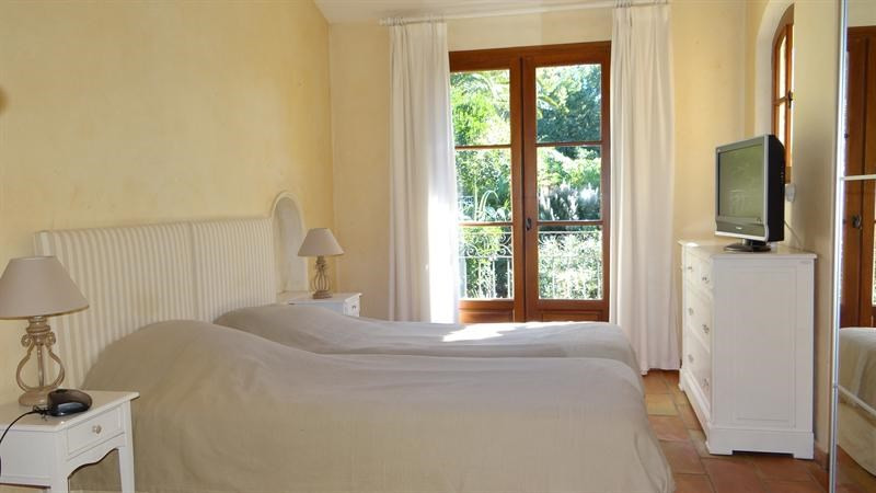 Vacation rental house / villa Cavalaire sur mer 1 000€ - Picture 21