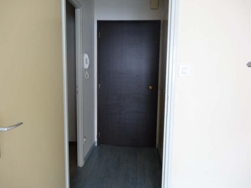 Rental apartment La roche sur yon 289€ CC - Picture 3