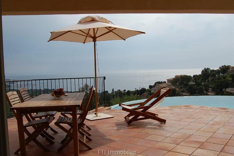 Sale house / villa Sainte maxime 1160000€ - Picture 1