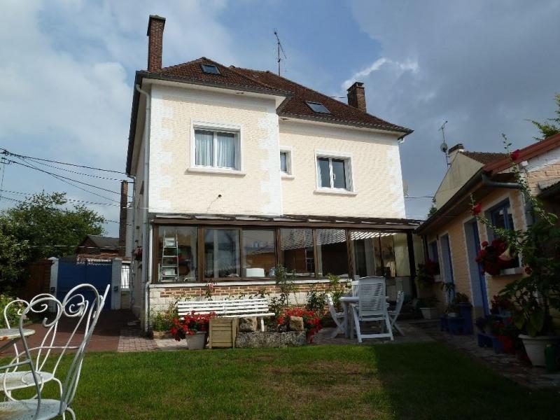Sale house / villa Breteuil 234000€ - Picture 2