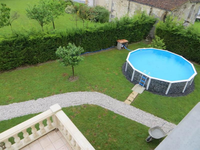 Sale house / villa Saint-laurent-de-cognac 264500€ - Picture 2