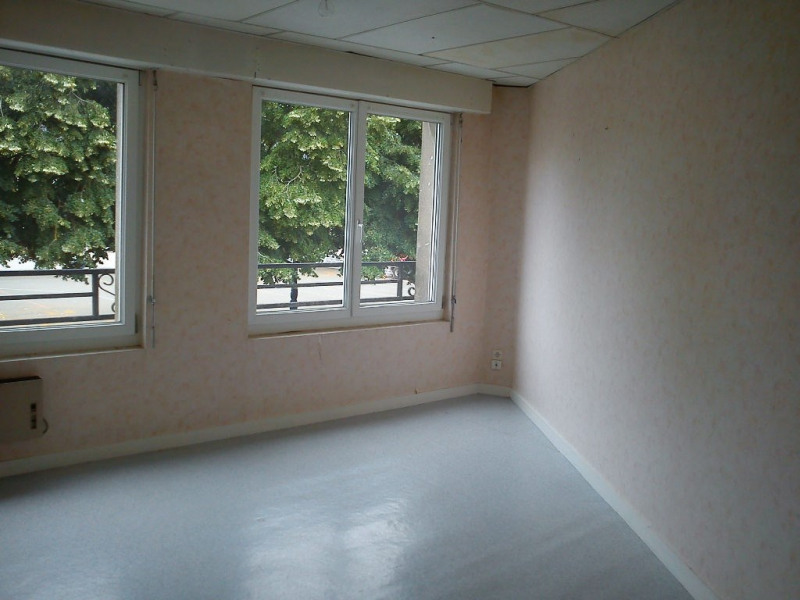 Location appartement Meslay du maine 353€ CC - Photo 2