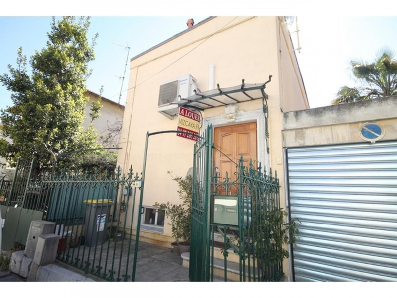 Location appartement Nice 890€ +CH - Photo 1