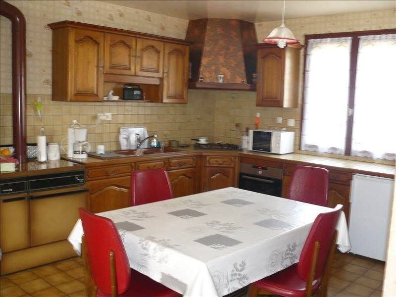 Sale house / villa Josselin 189900€ - Picture 8