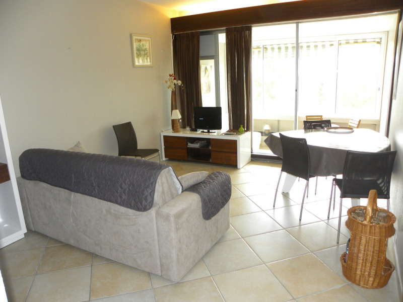 Location vacances appartement Bandol 360€ - Photo 3