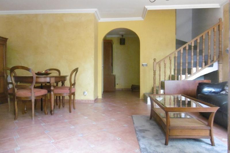 Sale house / villa Noisy le grand 359000€ - Picture 2