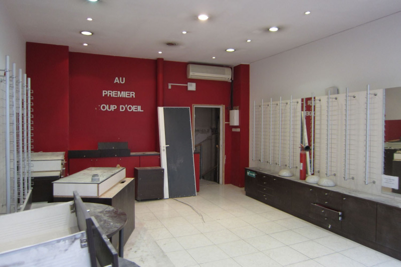 Location boutique Paris 10ème 2 140€ HC - Photo 6