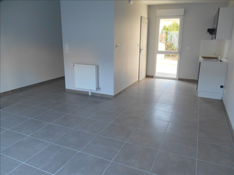Rental house / villa Troyes 660€ CC - Picture 2