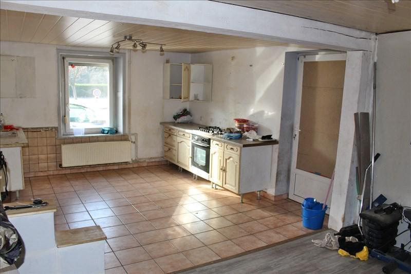 Sale house / villa Moyenmoutier 69000€ - Picture 2