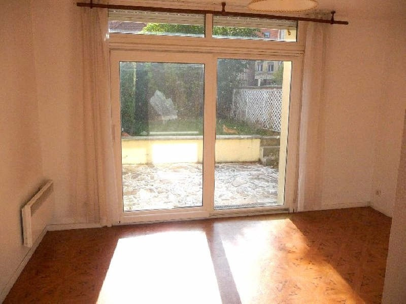 Rental apartment St omer 470€ CC - Picture 2