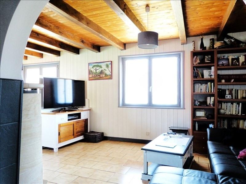 Sale house / villa Thyez 383000€ - Picture 11