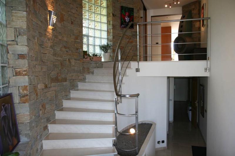Deluxe sale house / villa Cranves-sales 789000€ - Picture 12
