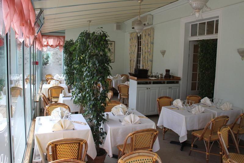 Fonds de commerce Café - Hôtel - Restaurant Poissy 0