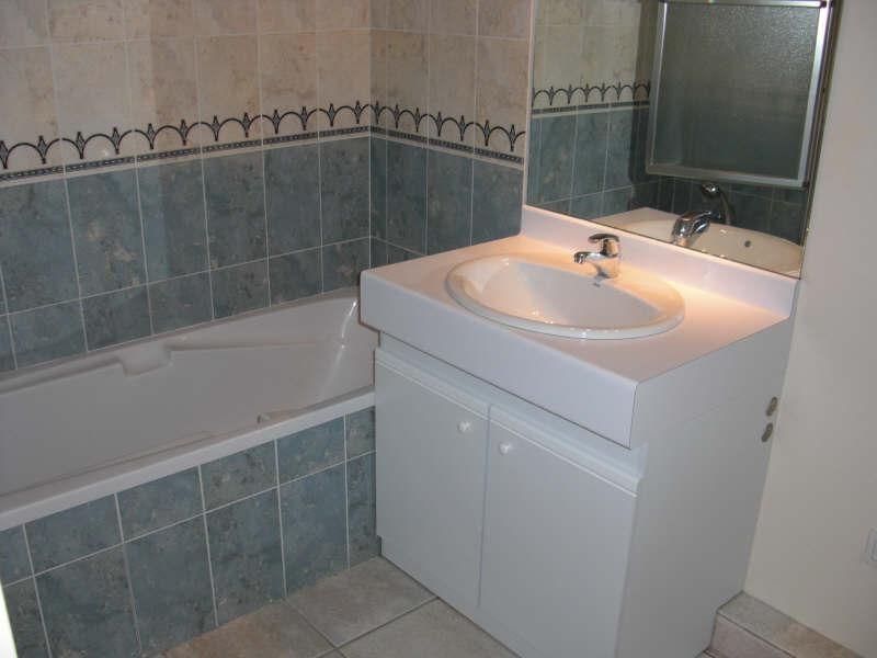 Verhuren  appartement St genis laval 800€ CC - Foto 5