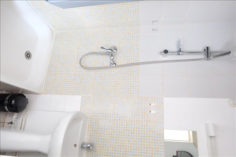 Location appartement Angers 360€ CC - Photo 3
