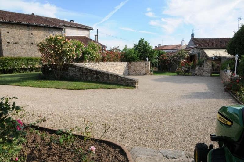 Location maison / villa Roussac 600€ CC - Photo 2