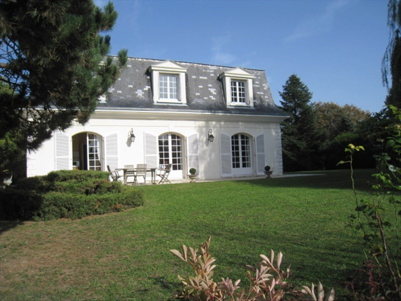 Deluxe sale house / villa Louveciennes 1245000€ - Picture 1