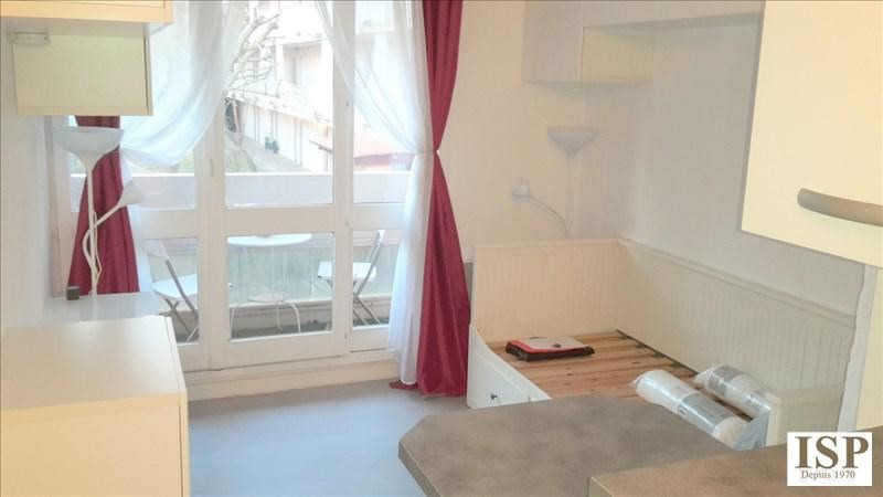 Rental apartment Aix en provence 479€ CC - Picture 2